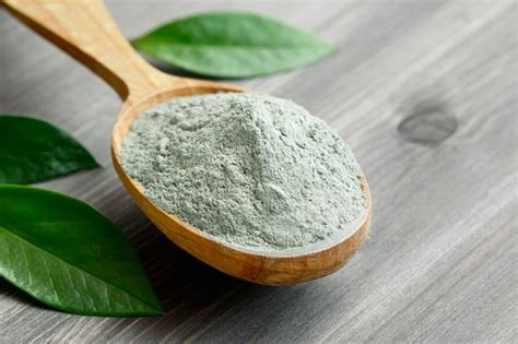 Green Clay Benefits   LEAFtv